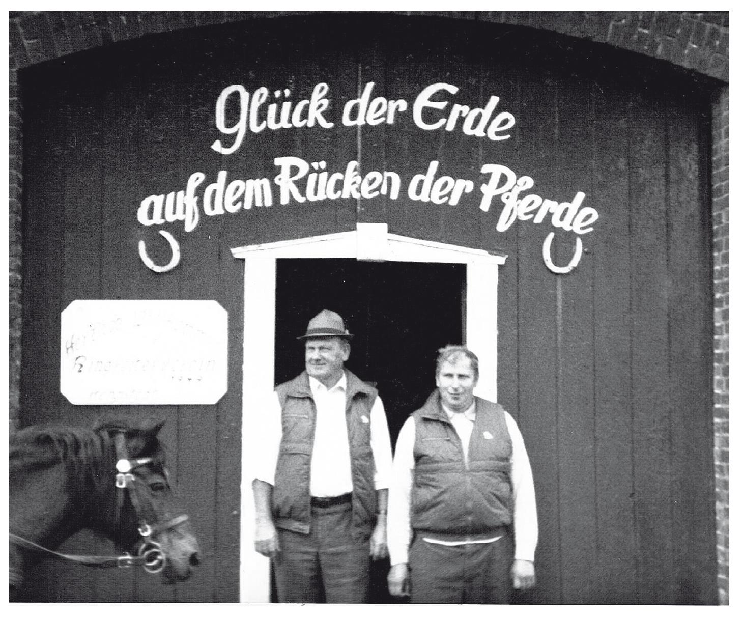 dorf_bilder/Chronik-Hennstedt-141-2.jpg