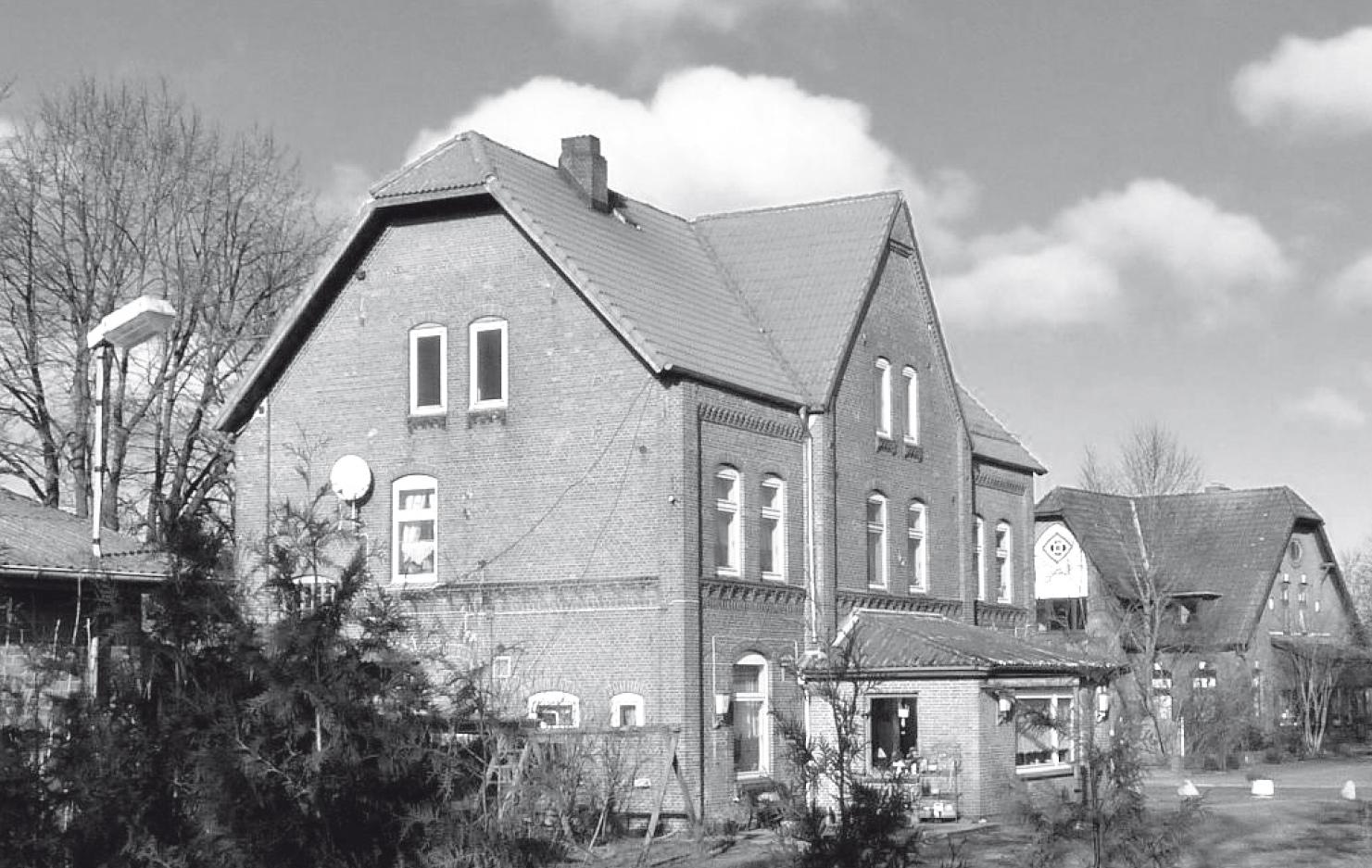 dorf_bilder/Chronik-Hennstedt-260-2.jpg