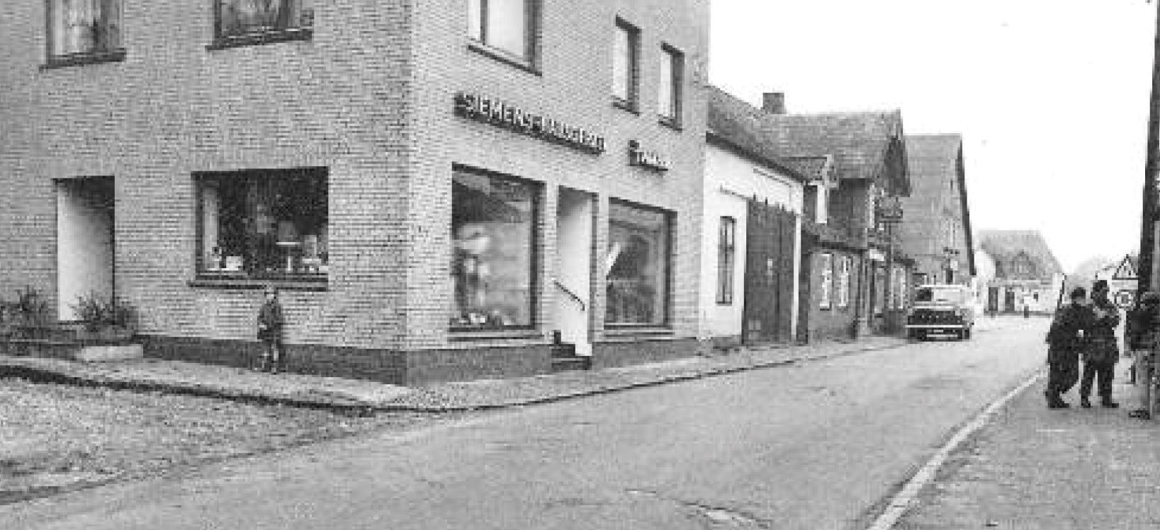dorf_bilder/Chronik-Hennstedt-262-2.jpg