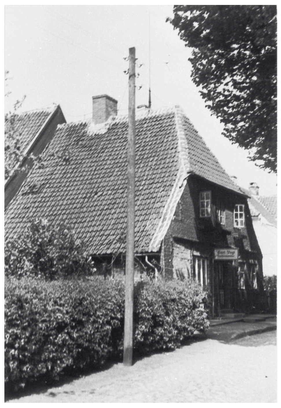 dorf_bilder/Chronik-Hennstedt-95-2.jpg